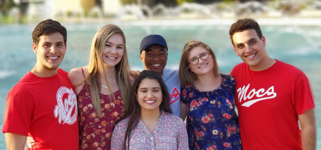 Group photo of Florida Southern College students