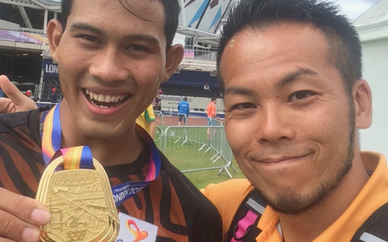 Yuichi Sasaki (right) with the world champion and Rio Gold Medalist, Abdul Latif Romly (left) in the Long Jump category.