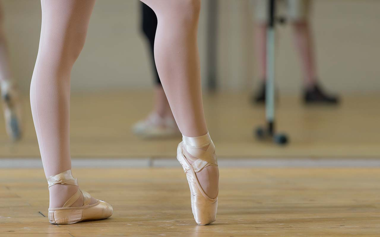 ballet dance shoes