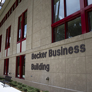 Bloomberg Businessweek Ranks Barnett School Among Best Undergraduate Business Programs