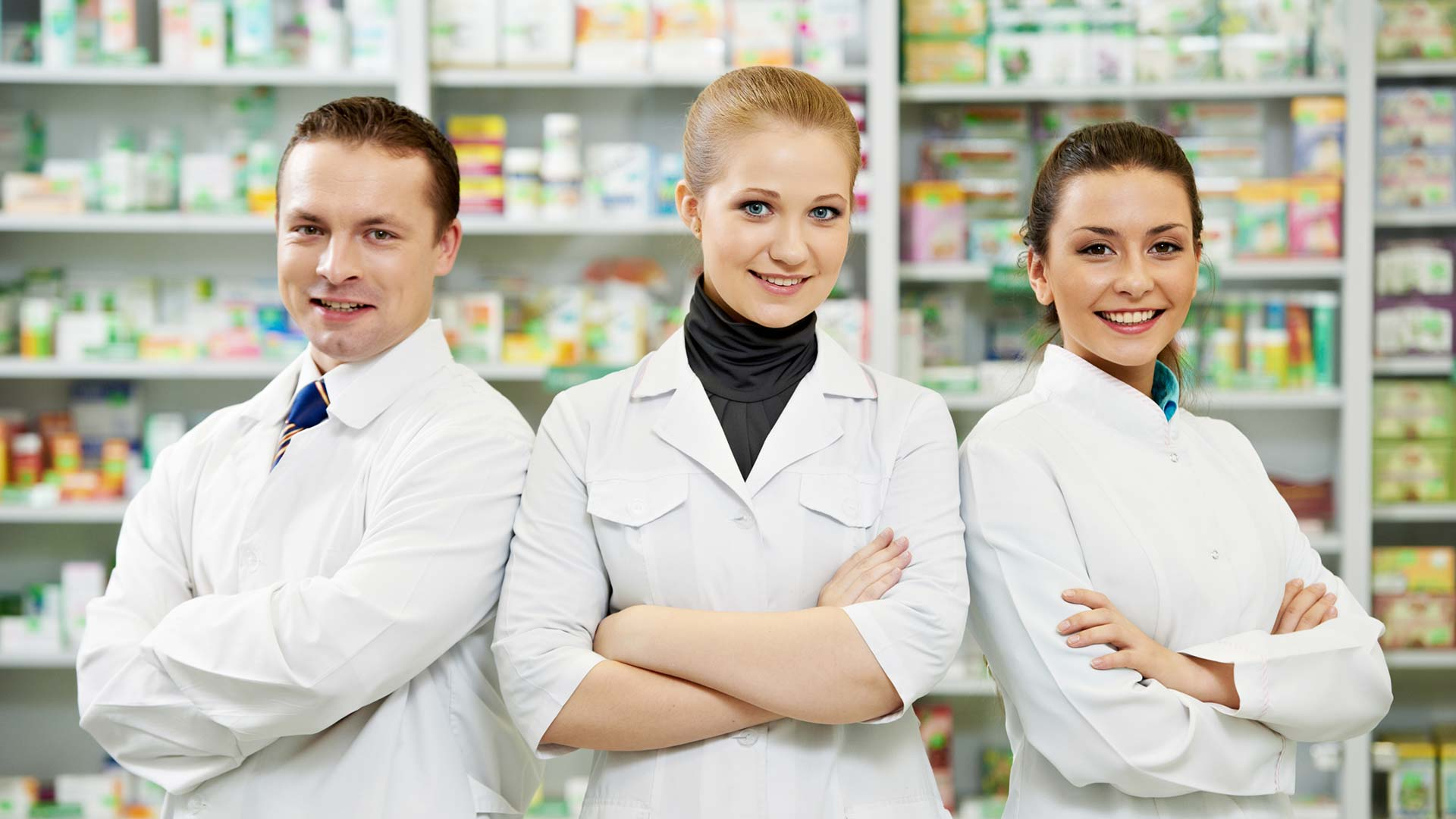 pharmacy professionals working