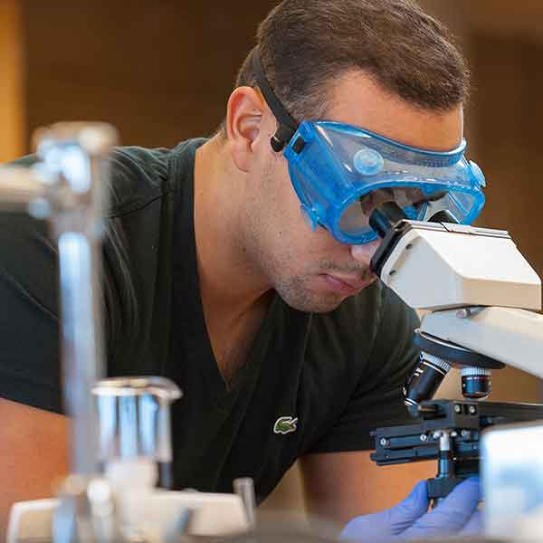 Florida Southern College and Lakeland Regional Health Develop New Medical Laboratory Science Program
